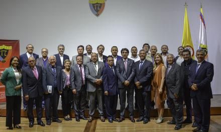 """""""Las Regionales de la SCI deben ser artífices de los logros, y sus ingenieros ejemplos para esos profesionales que aún no son socios"""": presidente de la Sociedad Colombiana de Ingenieros, Germán Pardo."""